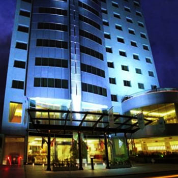 Plaza Real - Suites Hotel